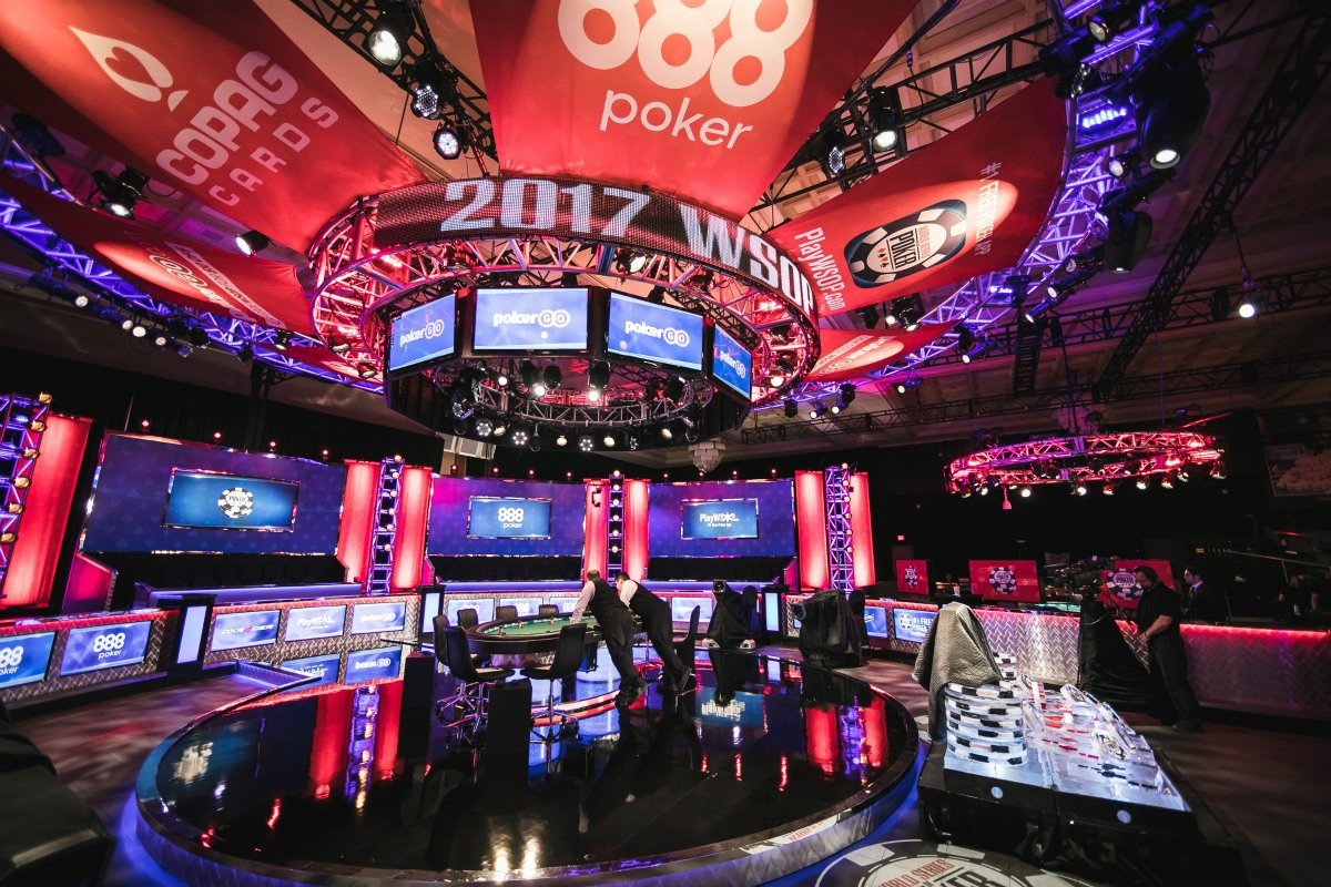 Live Poker in December: The Communistic WSOP and European Series within 500 Meters Between Them